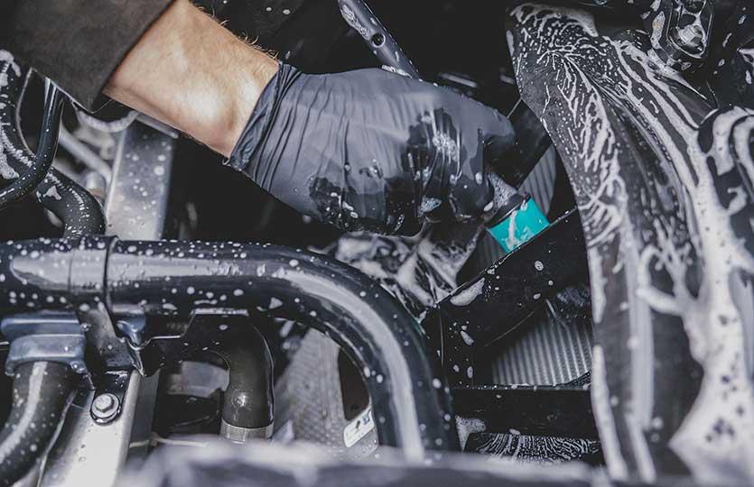 Čistenie motora